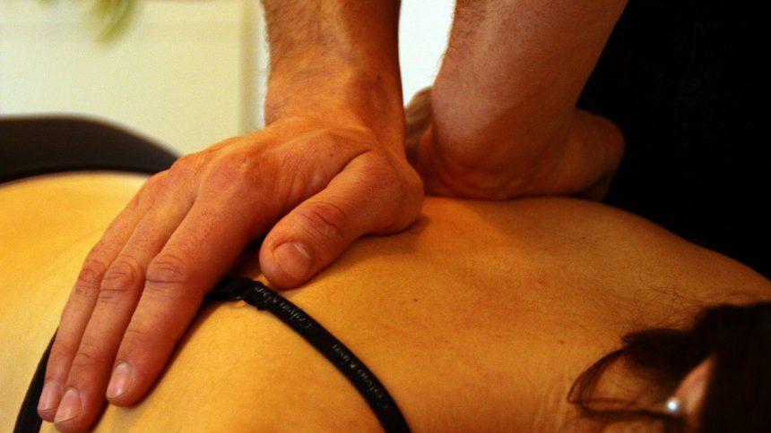 manipulation vertebrale,